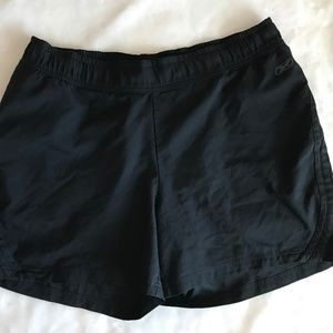 Reebok black shorts M